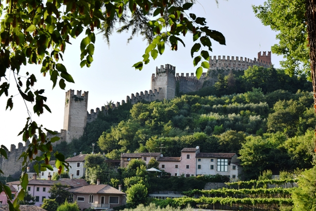 Castello Soave.jpg